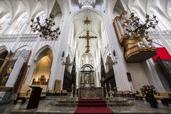 Free Interiors Of Notre Dame D Anvers Cathedral, Anvers, Belgium Royalty Free Stock Images - 43716899