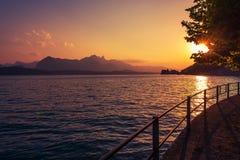 Interlaken See Thun-Sonnenuntergang Lizenzfreie Stockbilder