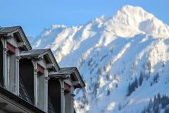Interlaken - vista alle alpi Immagini Stock Libere da Diritti