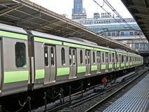 Interlokale trein royalty-vrije stock afbeeldingen