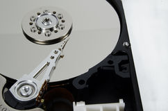 Internals de disque dur d'ordinateur exposés photos stock