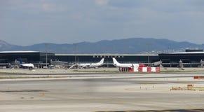Internationaal de Luchthavenpanorama van Barcelona Stock Foto's