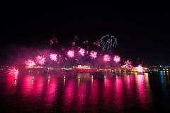 Internationaal het Vuurwerkfestival 2017 van Malta Stock Afbeeldingen