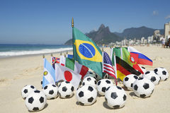 International 2014 de Brasil do campeonato do mundo do futebol Team Flags Rio Fotos de Stock Royalty Free