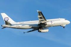 International do grupo de EX-32004 S, Airbus A320-231 Foto de Stock