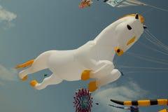 Internationale cha-am, Vliegerfestival in Prachuap Khiri Khan Provi royalty-vrije stock afbeelding