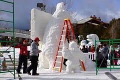 Internationale Concurrentie van het Beeldhouwwerk van de Sneeuw Stock Foto's