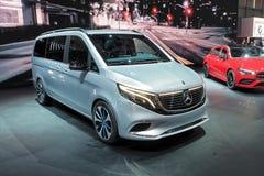 Internationale de Motorshow van 89ste Genève - Mercedes-Benz EQV Van Concept stock afbeelding