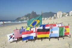 Internationale Fußball-Landesflaggen Rio de Janeiro Brazil Stockbild