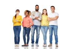 Internationale Gruppe glückliche lächelnde Leute Lizenzfreie Stockfotografie