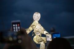 Internationale Kunst-Show-Leistungs-Marionette Stockfotos