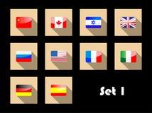 Internationale Landesflaggen auf flachen Ikonen Stockfotos