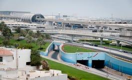 Internationale luchthaven in Doubai stock afbeeldingen