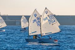 29. INTERNATIONALE PALAMOS-OPTIMIST-TROPHÄE 2018, 13. NATIONS-SCHALE, am 15. Februar 2018, Stadt Palamos, Spanien Stockfoto