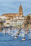 29. INTERNATIONALE PALAMOS-OPTIMIST-TROPHÄE 2018, 13. NATIONS-SCHALE, am 15. Februar 2018, Stadt Palamos, Spanien Lizenzfreie Stockbilder