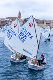 29. INTERNATIONALE PALAMOS-OPTIMIST-TROPHÄE 2018, 13. NATIONS-SCHALE, am 16. Februar 2018, Stadt Palamos, Spanien lizenzfreie stockbilder