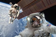 Internationale Ruimtestation en astronaut Royalty-vrije Stock Afbeelding