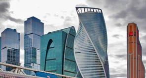 Internationale stads commerciële centrumgebouwen Stock Foto