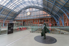 Internationale Station St Pancras in London lizenzfreie stockbilder