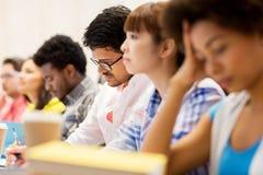 Internationale studenten op lezing stock afbeelding