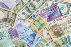 Internationaler Banknotenhintergrund für Weltwährungskonzept Stockbild