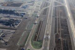 Internationaler Flughafen-Vogelperspektive Los Angeless von Flugzeugen Appro Stockbild