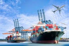 Internationales Behälter-Frachtschiff und Transportflugzeug für logistischen Import-export Hintergrund stockfoto
