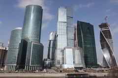 Internationales centr Geschäft der Wolkenkratzer-Stadt Stockbilder