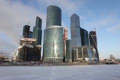Internationales centr Geschäft der Wolkenkratzer-Stadt Stockfotografie