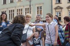 Internationales Festival von Straßen-Theatern ULICA in Cracow_Kamchatka, Spanien Lizenzfreies Stockfoto