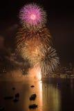 Internationales Feuerwerks-Festival Pattayas lizenzfreie stockfotografie
