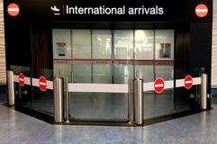 Internationell ankomstport arkivfoton