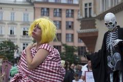 Internationell festival av gatateatrar ULICA i Cracow_Opening Fotografering för Bildbyråer