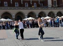 Internationell Flashmob dag av Rueda de Kasino, Fotografering för Bildbyråer
