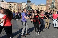 Internationell Flashmob dag av Rueda de Kasino, Royaltyfri Foto