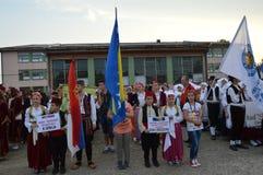 8 internationell foklorefestival i rad Luka Arkivbilder