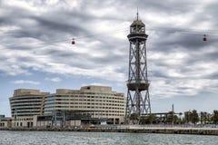 Internationell handelmitt och kabelbil i Barcelona, Spanien Royaltyfri Fotografi