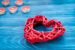 Internationell kvinnadag för begrepp med hjärtaträbakgrund Arkivbild