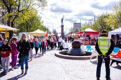 Internationell matmarknad i Tammerfors, Finland, 17th Maj 2014 Royaltyfri Bild