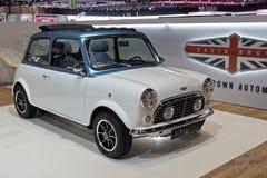 internationell motorshow för 89th Genève - David Brown Automotive - Mini Remastered royaltyfria foton