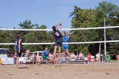 internationell turneringvolleyboll för 1st strand Royaltyfri Fotografi