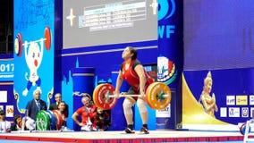 Internationella mästerskap 2017 för värld för ungdom för tyngdlyftningfederation IWF stock video