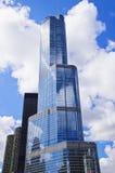 Internationellt hotell för trumf och torn (Chicago) Arkivbild