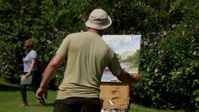 Internationellt målningläger i Donaudeltan stock video