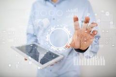 Internet-, affärs- och teknologibegrepp Symbols-, diagram- och grafbakgrund på den faktiska skärmen arkivfoto