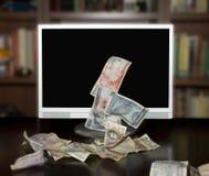 internet czyni pieniądze Obrazy Royalty Free