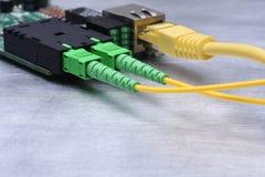 Internet de las cosas convertidor de fibra óptica, tecnología de la información Imagen de archivo