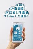 Internet della nuvola dello smartphone di cose Immagine Stock Libera da Diritti
