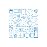 Internet des icônes linéaires de choses réglées Image stock