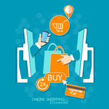 Internet en het online het winkelen concept mobiele winkelen Stock Afbeeldingen